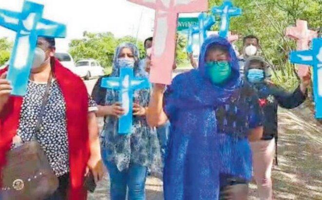 Protestation des travailleurs de la santé pendant la visite du Sous-secrétaire de la Prévention et de la Promotion de la Santé, Hugo López-Gatell Ramírez, Chiapas, Mexique © Elám Náfate