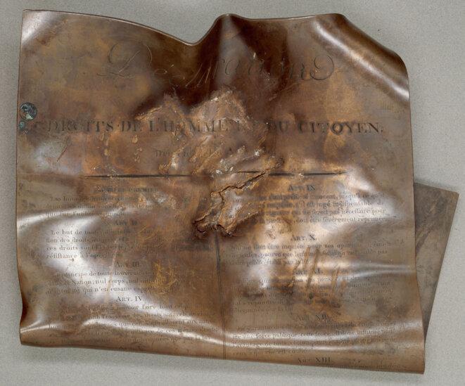 declaration-des-droits-de-lhomme-et-du-citoyen-pilonne-par-le-mouton-national-en-1793-1-archives-nationales-ae-i-9-3