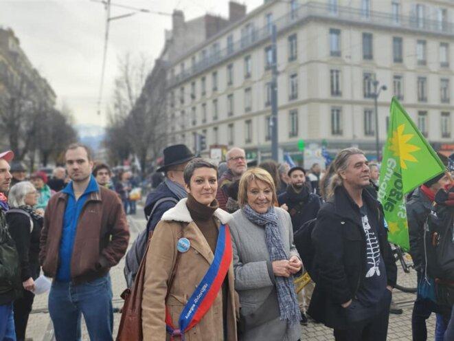 lors d'une manifestation à Grenoble