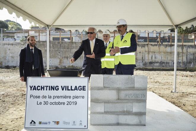 Yachting Village « ne relève donc pas d'une infrastructure portuaire ». Il suffit de lire cet article https://gomet.net/les-chantiers-navals-de-la-ciotat/ pour être convaincu du contraire. Le « Village » est bel est bien créé pour loger des entreprises extérieures « recherchées par des grands groupes comme MB89 et Monaco marine » qui œuvrent  dans le même domaine: le nautisme. © Jacques