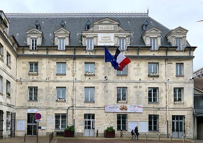 640px-mairie-villejuif-9