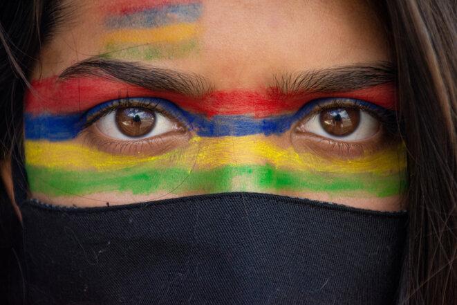 Les yeux de Maariya - Manifestation du 12 Septembre 2020 à Maurice. © Umar Timol