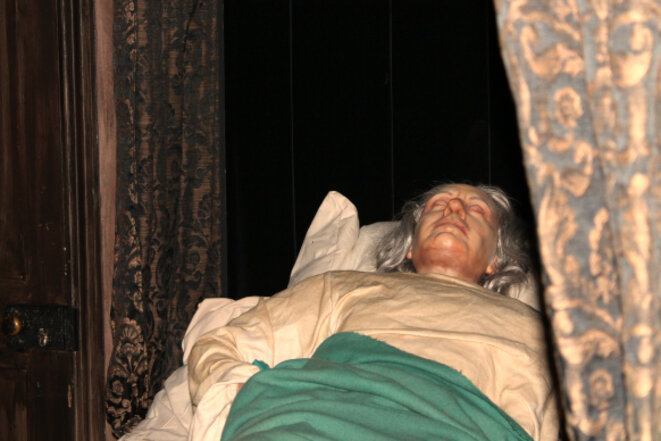 Oliver Cromwell's deathbed © Sophie Collard