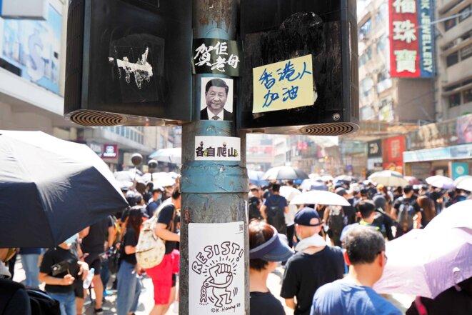 Une manifestation à Hong Kong le 1er octobre 2019. © Etan Liam/Flickr
