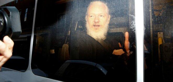 Julian Assange après son arrestation , le 11 avril 2019 © © REUTERS/Henry Nicholls