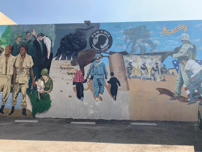 Un mur à la gloire de l'armée américaine à Bakersfield. © PN
