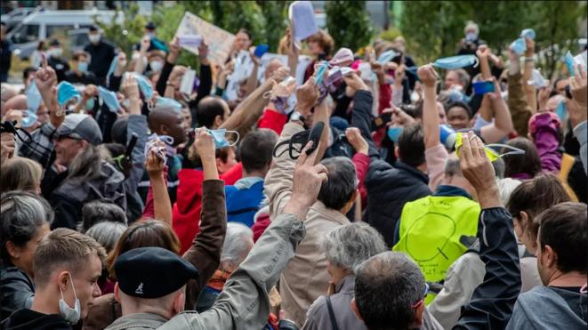 Rassemblement « antimasque » du 29 août , Place de la Nation, Paris. © Maxppp - IP3 Press/Aurelien Morissard