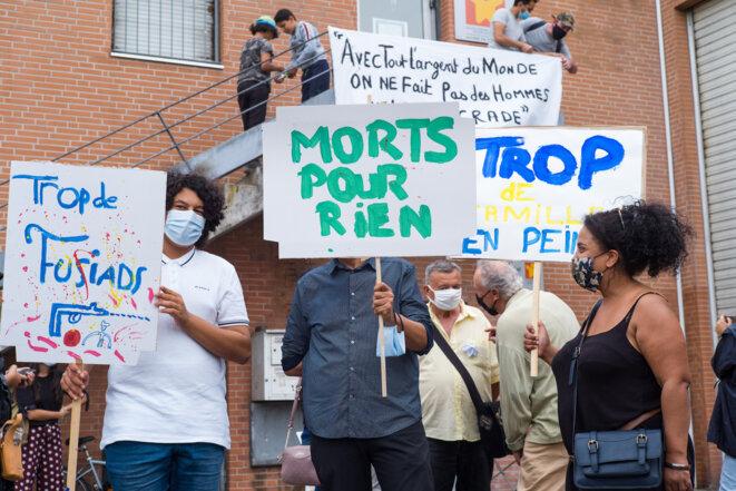 Un rassemblement à l'appel de l'association Izards Attitude, en soutien aux habitantes et habitants des quartiers de Toulouse, le 18 septembre. © Patricia Huchot-Boissier / Hans Lucas via AFP