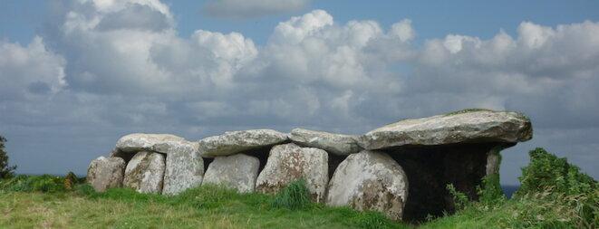 Série de dolmen en Bretagne © Christian Bois
