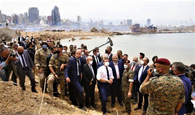 Explosion au port de Beyrouth, la solidarité de la France exprimée par la présence du président Emmanuel Macron sur place.