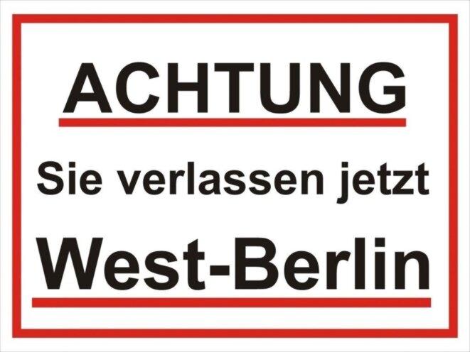 verkehrsschild-brd-sie-verlassen-jetzt-west-berlin