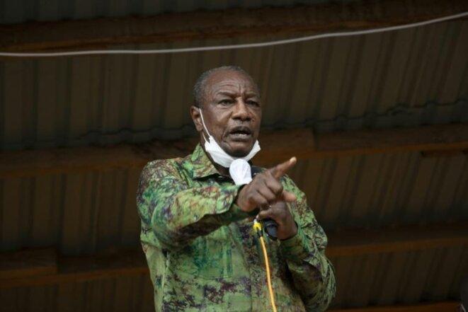 Le président guinéen Alpha Condé s'adresse à ses partisans lors d'un rassemblement à Kissidougou, le 12 octobre 2020 afp.com - CAROL VALADE