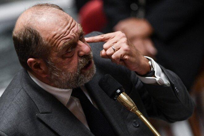 Eric Dupond-Moretti est une nouvelle fois suspecté d'utiliser sa fonction pour tenter de s'en prendre à un magistrat qu'il a affronté en tant qu'avocat. © Christophe Archambault / AFP