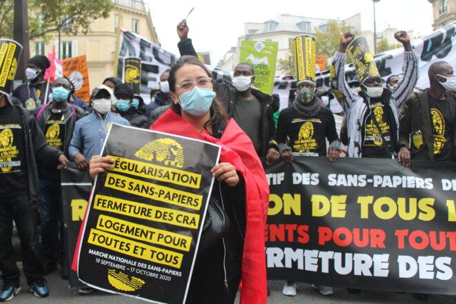 Soumia, de nationalité marocaine, attend que «la Déclaration des droits de l'homme s'applique aussi pour les sans-papiers ». © NB