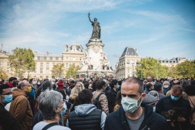 La Plaza de la República en homenaje a Samuel Paty, el 18 de octubre de 2020. © Samuel Boivin/NurPhoto vía AFP