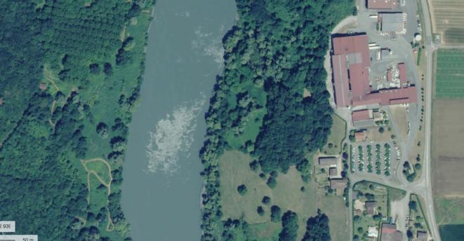 Vue satellite de la pollution causée par l'usine « Étoile du Vercors » dans l'Isère. © Capture d'écran