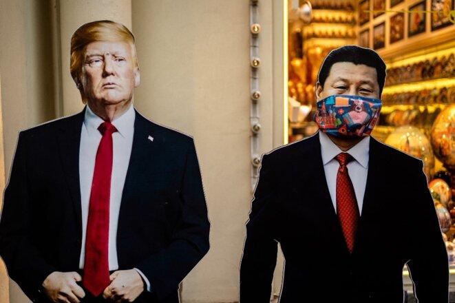 Dans un magasin de souvenirs de Moscou le 3 juin 2020. © DIMITAR DILKOFF/AFP