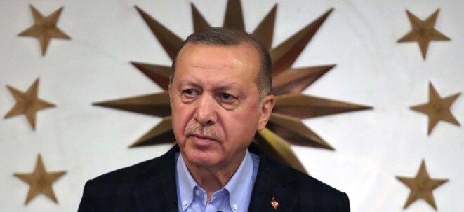 Pour Macron, Erdogan a une tête de coronavirus