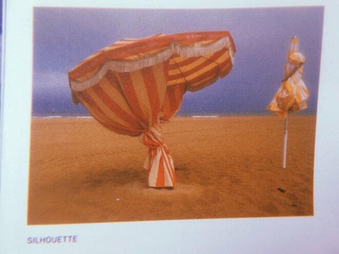 'Silhouette'. 'La vie est une plage' © Guy Birenbaum