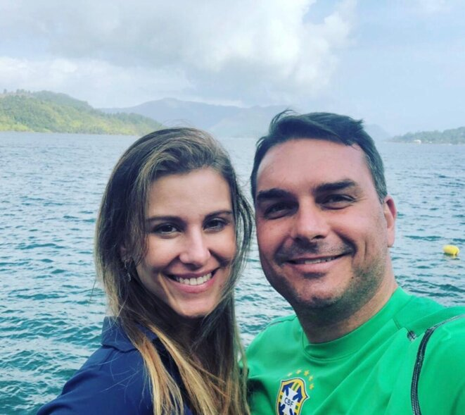 Fernanda et Flavio Bolsonaro (photographie d'archives) © DR