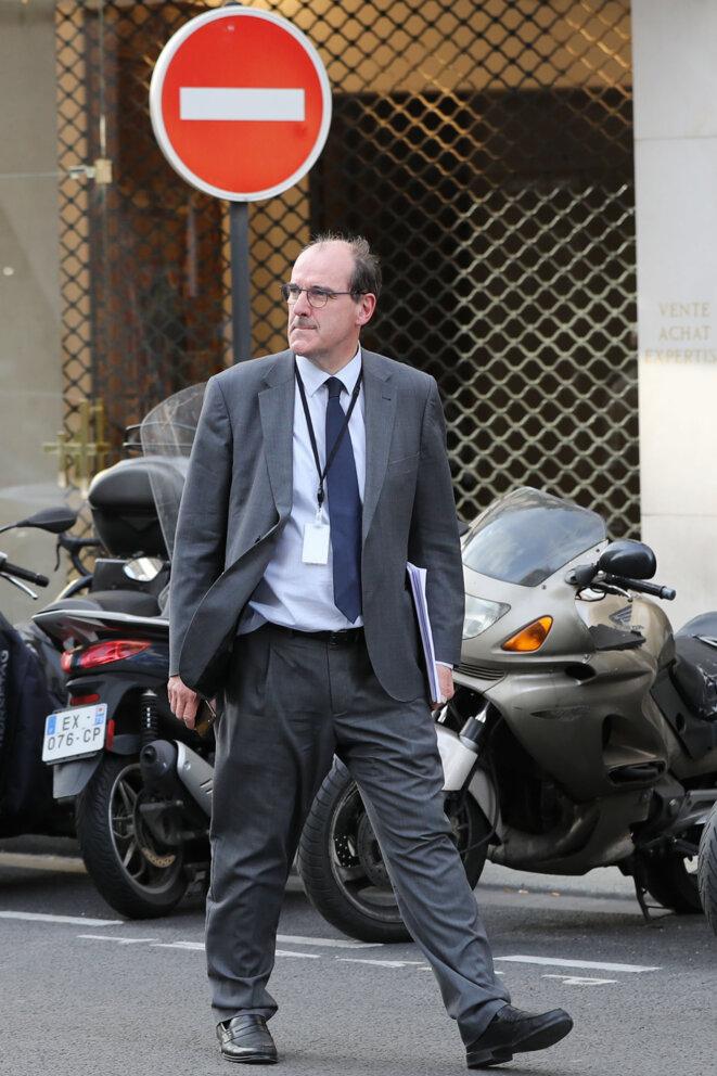 """Jean Castex, avant de reconfiner, fut """"Monsieur déconfinement"""" sous le gouvernement Philippe (ici, à la sortie du ministère de l'intérieur le 13 mai 2020). © Ludovic MARIN / AFP"""