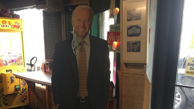 Une effigie de Joe Biden. © AB