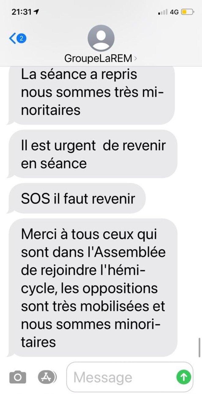 SMS internes au groupe LREM, 3 novembre 2020. © DR