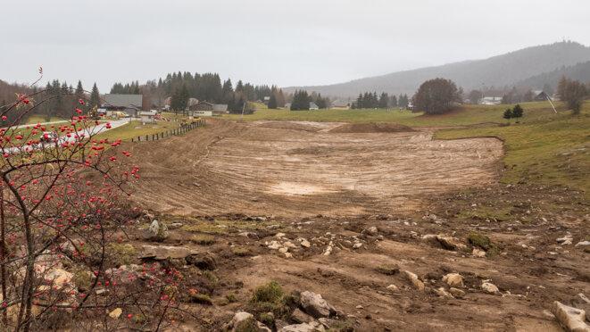 Fin des travaux de décapage des terres végétales le 19/11/2020 © plbillot