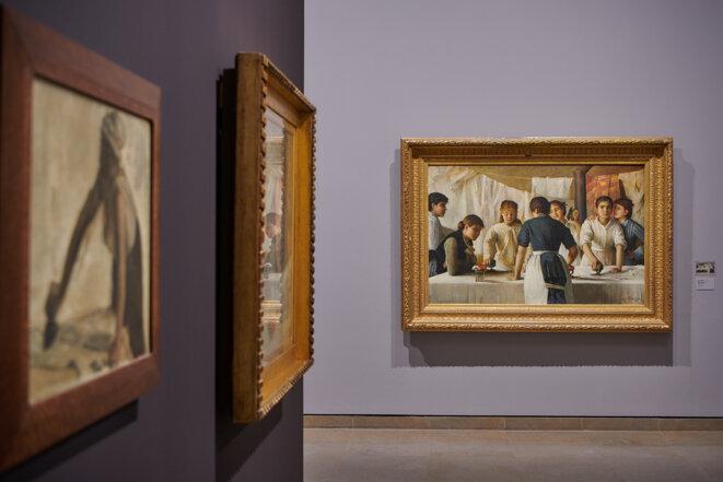 """Vue de l'exposition """"Villes ardentes. Art, travail, révolte. 1870 - 1914"""", musée des beaux-arts de Caen, 11 juillet - 22 novembre 2020 © Crédit photo : Laurent Lachèvre / Normandie Impressionniste"""