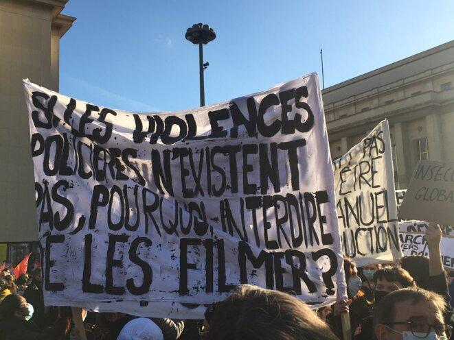 Paris, 21 novembre 2020, Place du Trocadéro