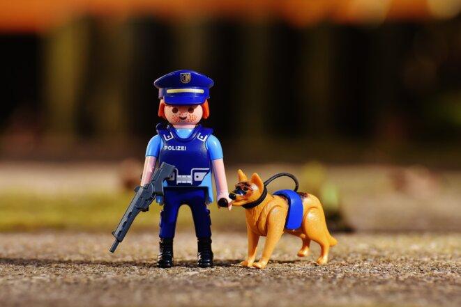 Maître chien allemand Playmobil