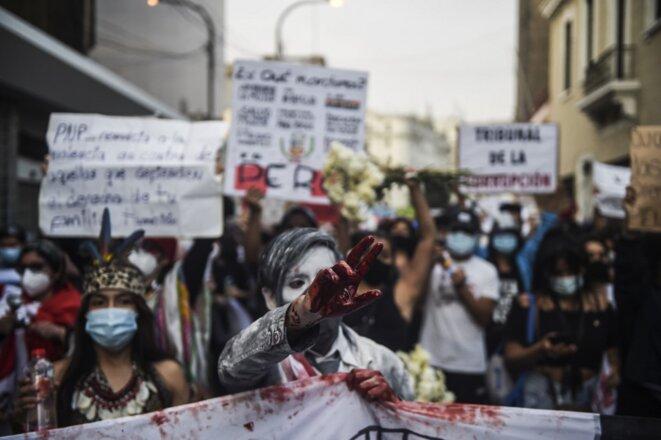 Manifestation contre le gouvernement péruvien le 21 novembre à Lima. © Ernesto Benavides/AFP
