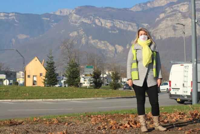 Élodie Leclainche, gilet jaune du rond-point de Crolles, dans l'Isère. © M.G