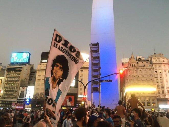 Jeudi 26 novembre à Buenos Aires, hommage à Maradona © Camille Audibert