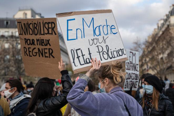Au Trocadéro, le 21 novembre 2020. © Myriam Renaud / Hans Lucas via AFP