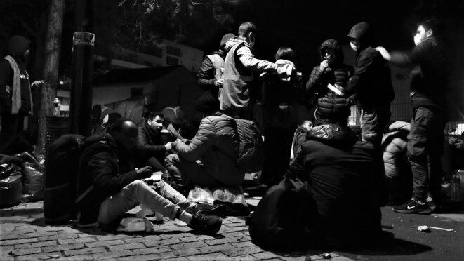 Distribution de nourriture réalisée par Solidarité et Partage © Emile Rabreau