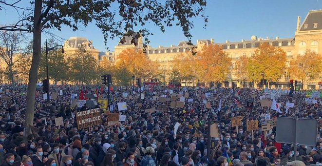 Place de la République, à Paris, au départ de la manifestation. © Mediapart