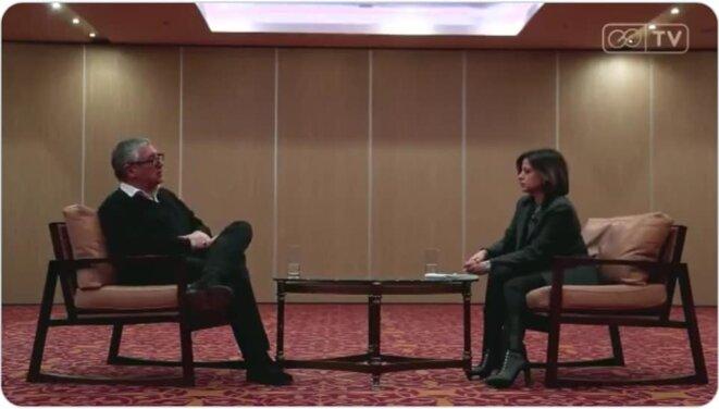 Michel Onfray à Erevan sur une télé arménienne [capture d'écran]