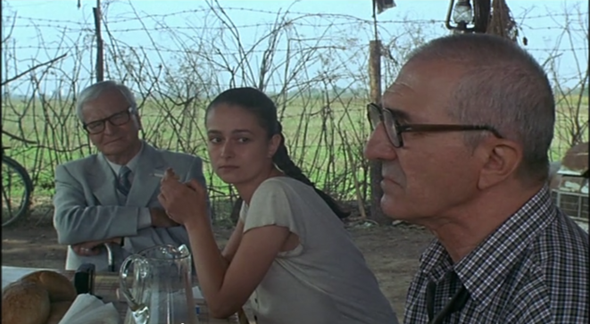 Tandara (Gheorghe Dinica) à droite - Photgramme issu de l'Après-midi d'un tortionnaire (2001) © Lucian Pintilie