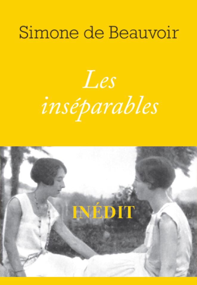 C'est en 1954 que Simone de beauvoir a écrit cette longue nouvelle, intitulée par Sylvie Le Bon, sa fille adoptive, Les Inséparables. Sur le bandeau de la couverture, une photo d'Élisabeth Lecoin, dite Zaza (à gauche) et de Simone de Beauvoir (à droite). Car c'est le destin tragique de Zaza et l'amour qu'elle inspirait à Simone que raconte Les inséparables.