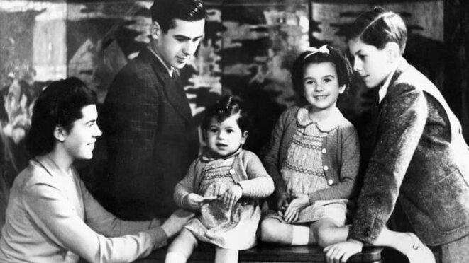 Valéry Giscard d'Estaing avec ses soeurs et son frère. © BFM Tv