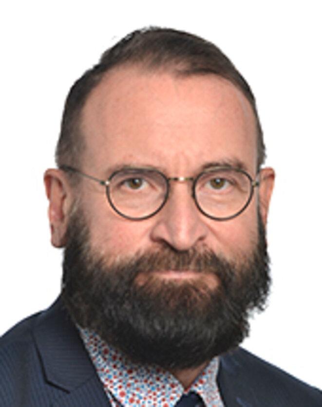 József SZÁJER © page d'accueil des Députés du Parlement Européen https://www.europarl.europa.eu/meps/fr/23821/JOZSEF_SZAJER/home