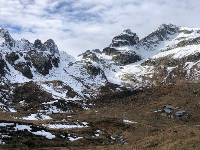 La combe du Bacheux, en Maurienne. « On se dit que le bon air de la montagne suffit à protéger… » © F.Bt/Mediapart