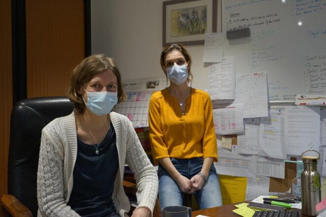 Michèle Beck et Christelle Scaparone, directrice et infirmière coordinatrice de l'Ehpad de Gruffy (Haute-Savoie), toutes deux anciennes de MSF. © CA
