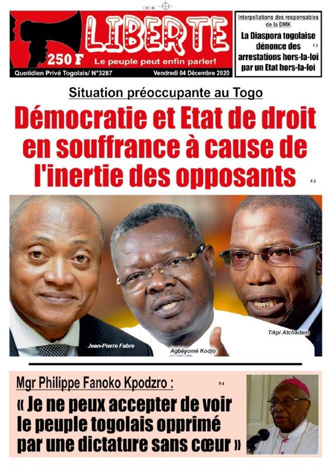 Une du journal Liberté du 4 décembre  2020, Démocratie et Etat de droit en souffrance a cause de l'inertie des opposants