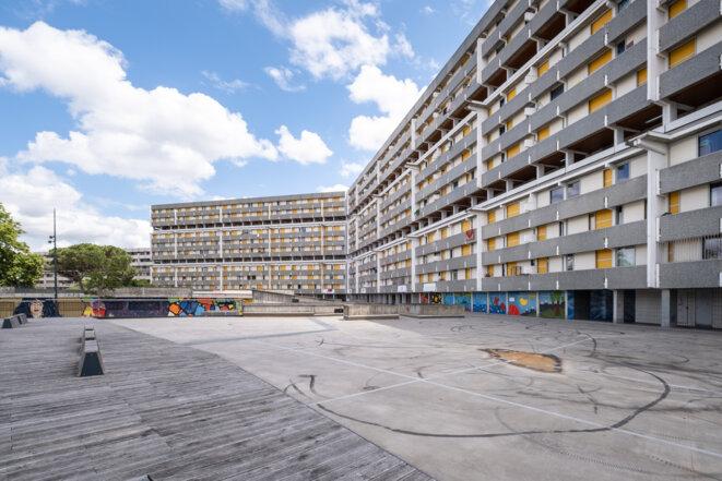 Logements HLM à Toulouse, juin 2020. © Adrien Nowak / Hans Lucas via AFP