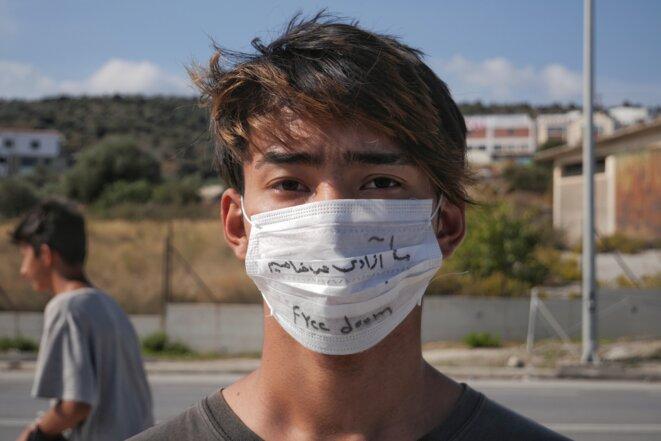 « Liberté » Milad, afghan de 19 ans à Lesbos depuis deux mois. © Lucas DALLANT