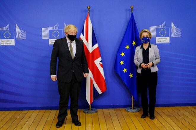 Boris Johnson et Ursula von der Leyen à l'issue d'un dîner bruxellois, le 9 décembre 2020, qui n'avait permis aucune avancée © AFP / Hans Lucas / Alexandros Michailidis.