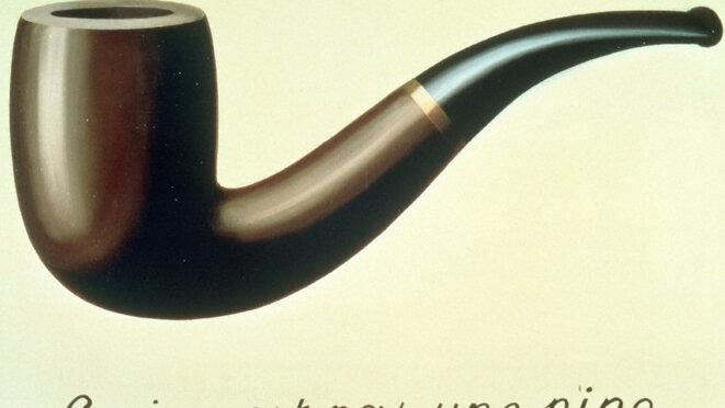 """""""Ceci n'est pas une pipe+ tableau de René Magritte"""