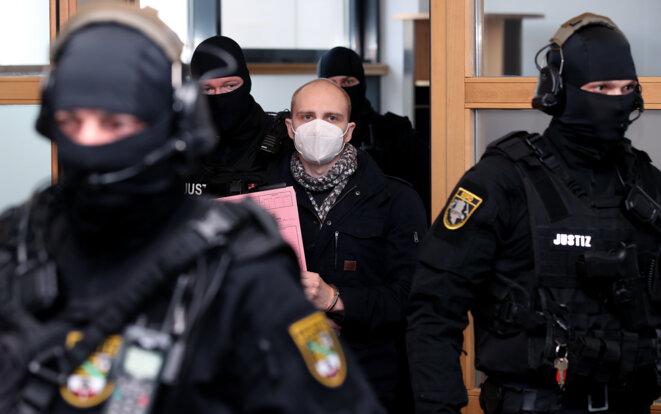 L'auteur de l'attentat contre une synagogue en Allemagne en 2019, condamné lundi à la perpétuité. © RONNY HARTMANN / Picture-Alliance via AFP